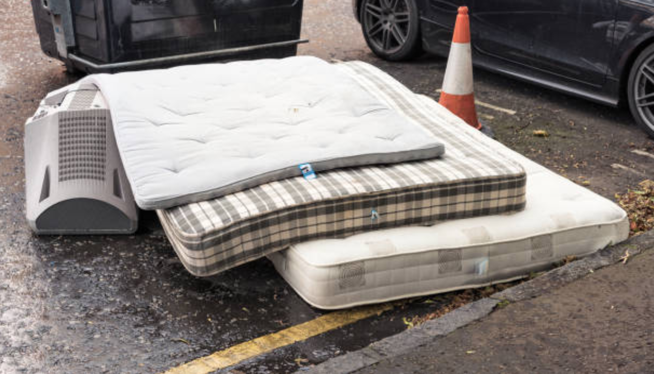 Can I Donate My Used Mattress in Huntington Beach? - Junk Smiths